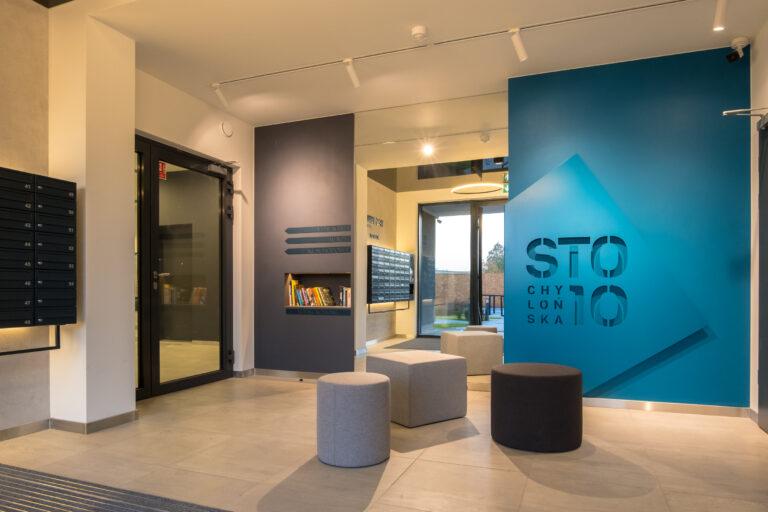 Lobby w strefie wejścia | Osiedle STO10 Chylońska w Gdyni